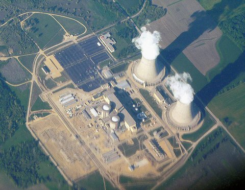 Nuclear-power-plant-in-illinois