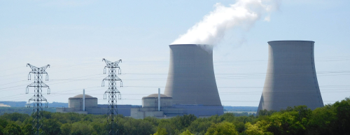 Belleville_nuclear_power_plant_and_two_pylons-Cropped
